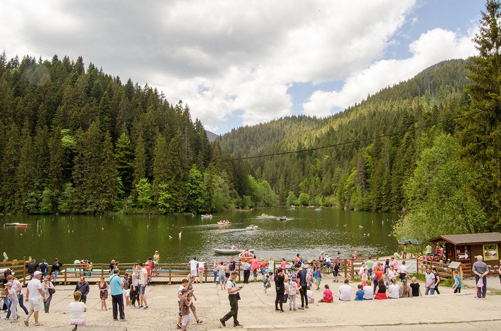 Lacul Rosu    The Red Lake