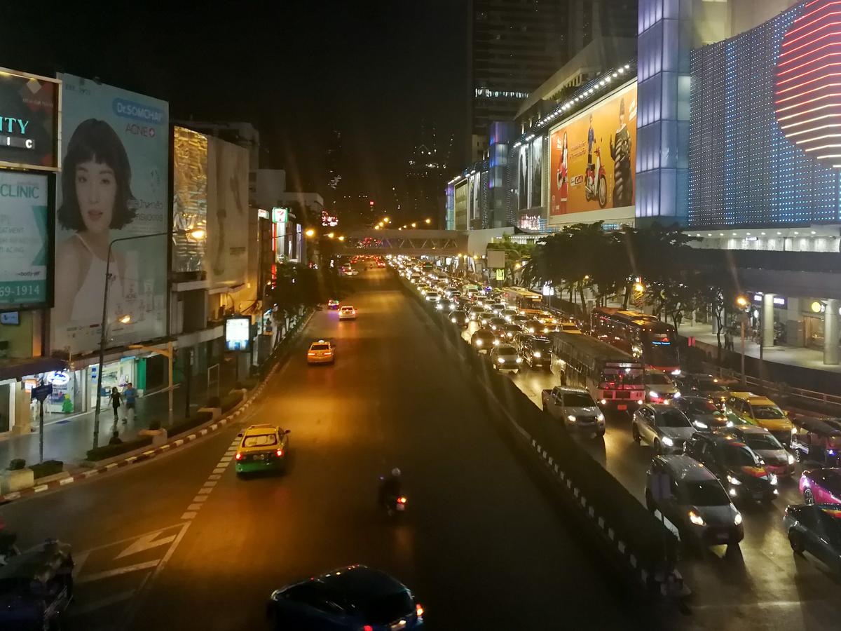Street full of malls