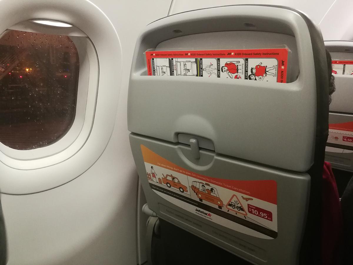 Jet Star A320 Cabin