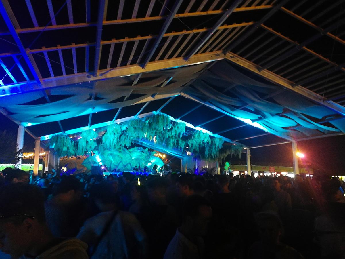 Oasis Stage Neversea