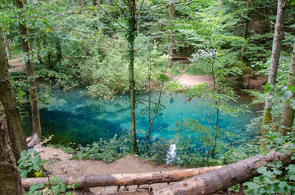 Lake Ochiul Bei - 4 hours away from Drobeta Turnu-Severin