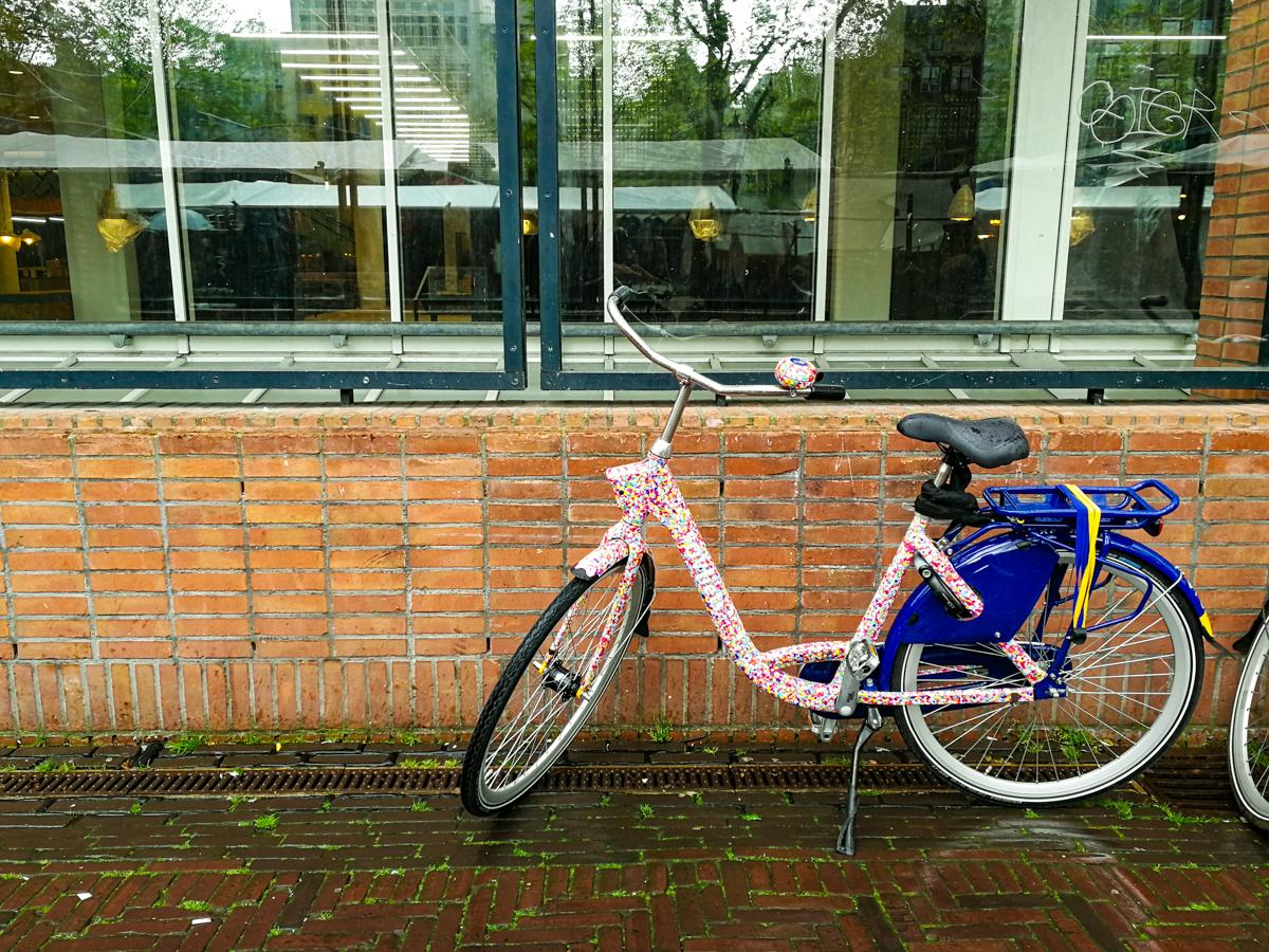 Pink bike in Amsterdam