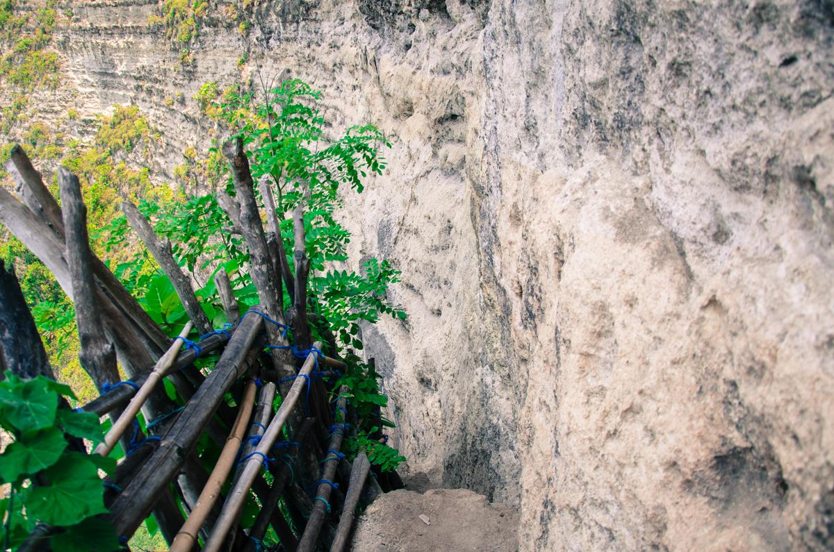 Waterfall & Viewpoint Seganing